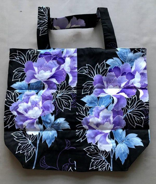 Japansk bæredygtig taske med store lilla blomster
