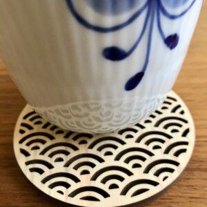 Japansk bordskåner Med Hav Bølger