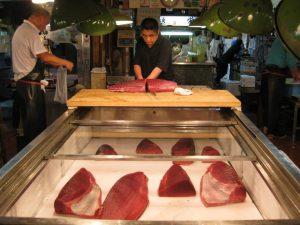 Bruger japanske sushikokke andre typer fisk end sushirestauranter i Europa?