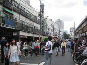 Tsukiji fiskemarked er et meget populært område i Tokyo